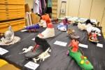 Schuh-Kunstaktion im Kunstbereich (Pavillon)