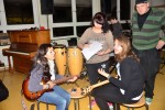 ...und nebenan spielt die Band...