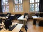 Schülerarbeitsplätze im ITG-Raum